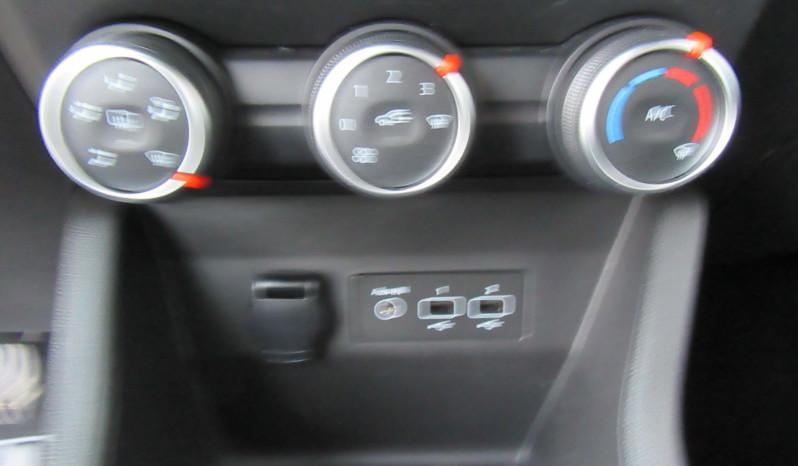 RENAULT CLIO  5 1.0 ESSENCE 72 CV full